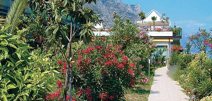 Hotel San Pietro, Limone, Lake Garda, Italy - garden.jpg